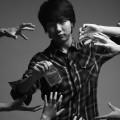 杨钟(28岁/男)摄影总监/主管,儿童摄影师